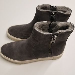 Frye Gia Lug Zip Bootie Ankle Boots/ Sneakers